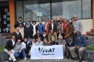 VIVAT Internacional realizó un taller para miembros de las congregaciones afiliadas en Latinoamérica y El Caribe del 24 al 28 de octubre 2010. Este taller se celebró en el centro de conferencias de los Misioneros del Verbo Divino en Quito, Ecuador. Participaron 31 mujeres y hombres religiosos de siete institutos, que trabajan en nueve países.